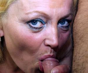 pornovelhas sexo en vivo